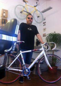 Miqui Puig bicicleta