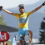 Nibali se hace con el Tour de Francia y con la triple corona