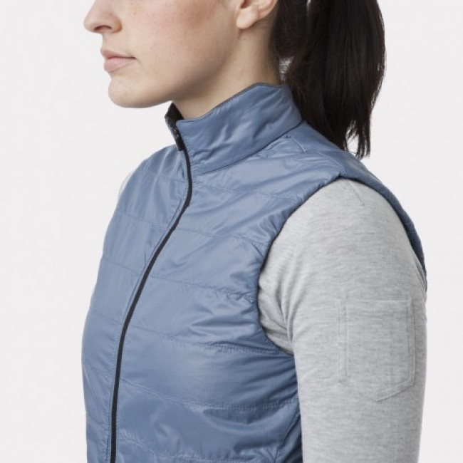 giro insulated vest detail 1