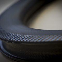 Mavic lanza sus primeras ruedas con llantas 100% de carbono