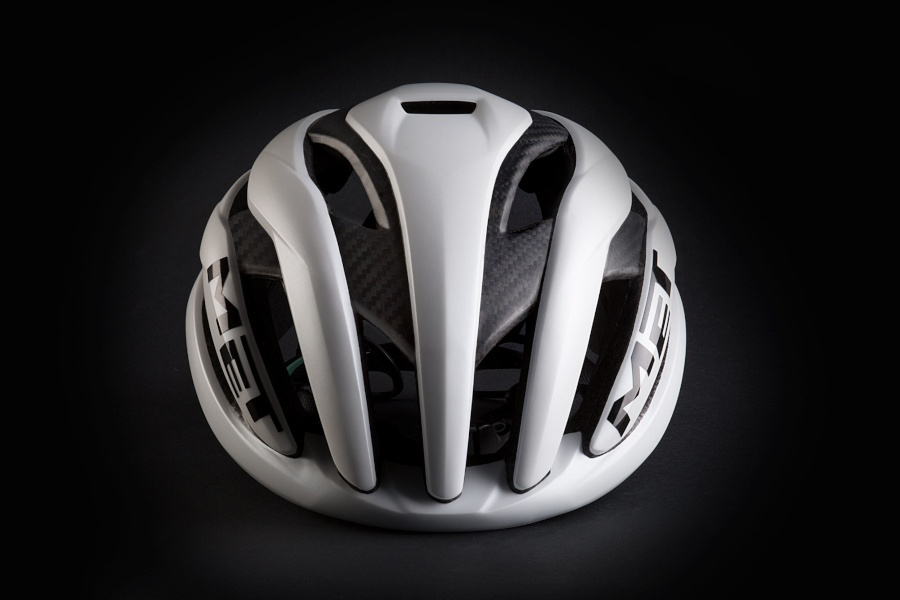 Met Trenta 3K Carbon blanco