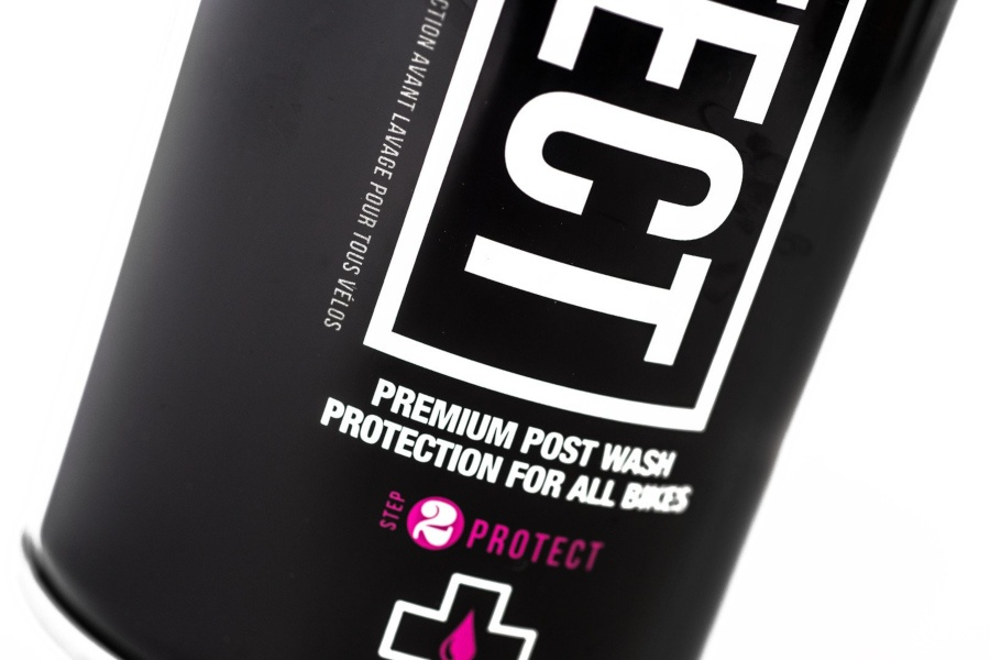 Muc-Off Protect spray