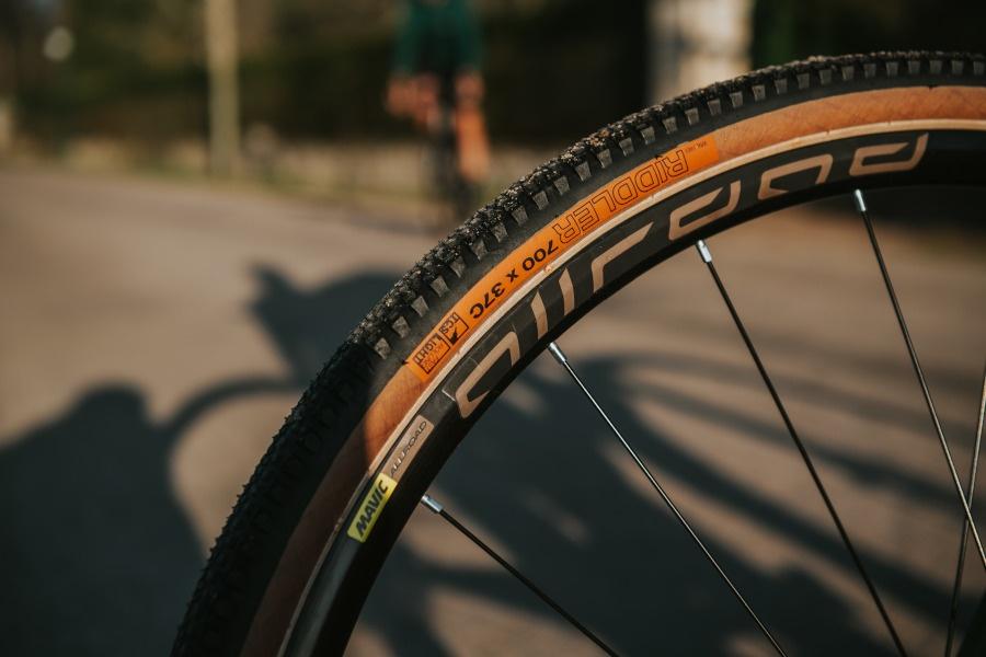 Look 765 Gravel RS wheels