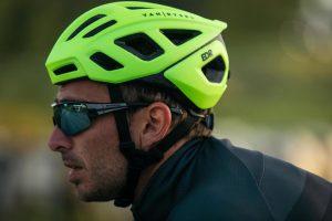 Van Rysel RoadR 500 helmet