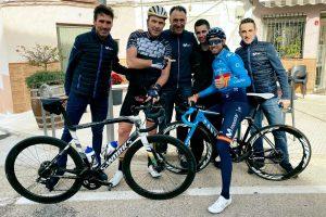 bicicleta movistar team 2020
