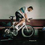 Entrena en bicicleta en casa