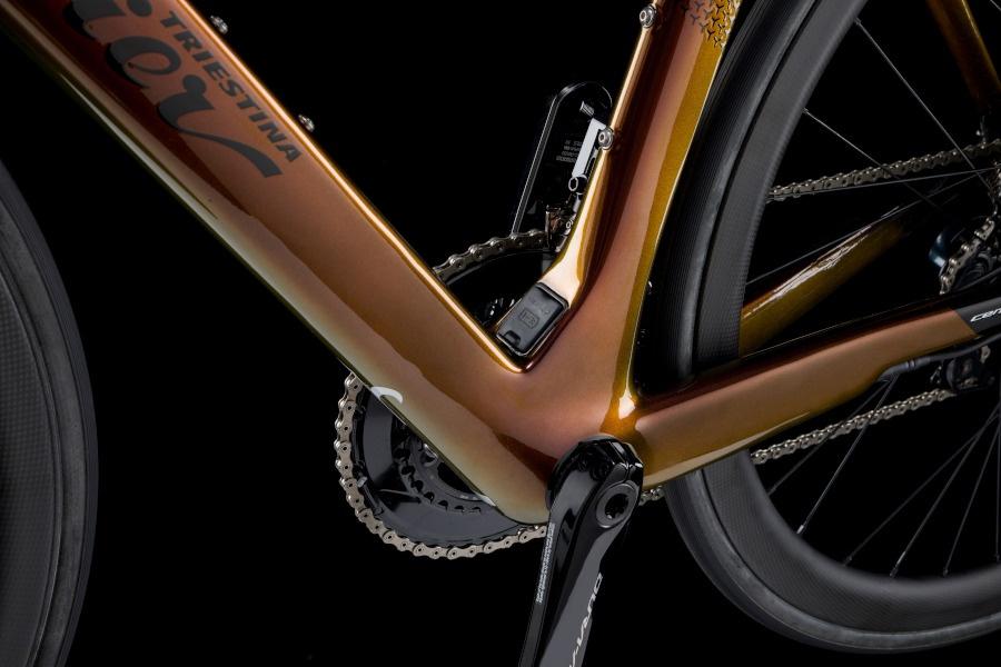 Wilier Cento10 Hybrid eje pedalier