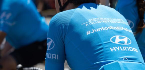 Ciclistas y conductores, #JuntosEnElAsfalto