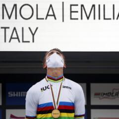 ¡Alaphilippe, campeón del mundo en Imola!