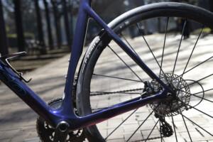 Basso Astra ruedas