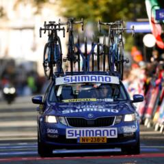 Los coches amarillos Mavic dan paso a los azules de Shimano en el Tour