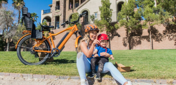 ¿En bici con tu hijo? Estas son las opciones, sus pros y sus contras