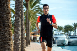Mario Mola running