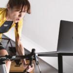 4 actividades para entretenerte mientras ves el ciclismo